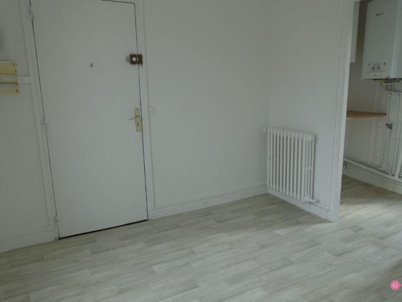 Rental apartment Parmain 595€ CC - Picture 1