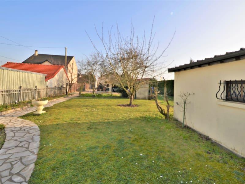 Sale house / villa Houilles 680000€ - Picture 2