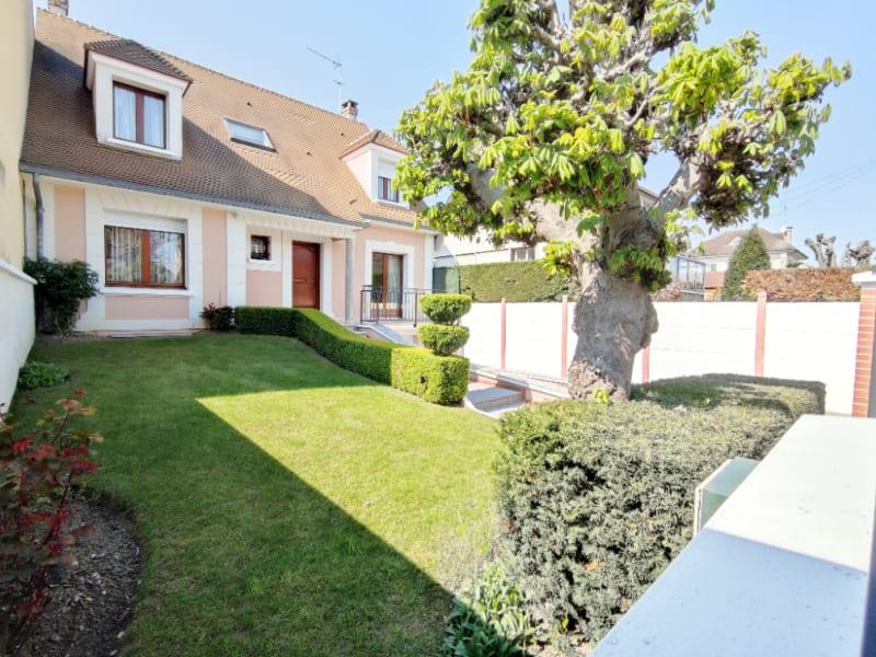 Sale house / villa Montesson 799000€ - Picture 1