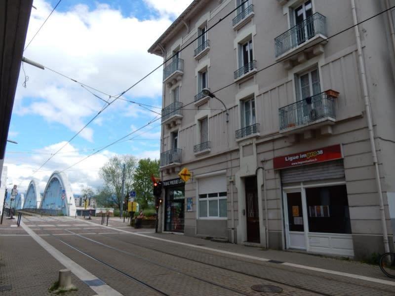 Rental apartment Fontaine 560€ CC - Picture 7