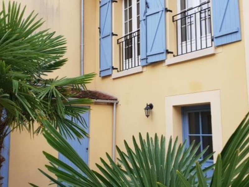 Rental apartment Maule 690€ CC - Picture 1