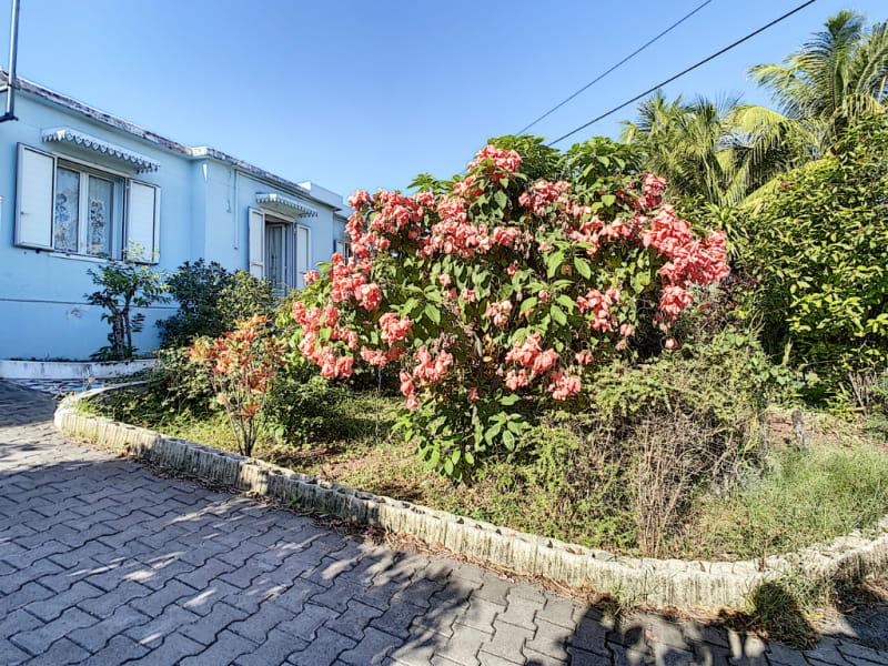 Sale house / villa Saint pierre 395000€ - Picture 1