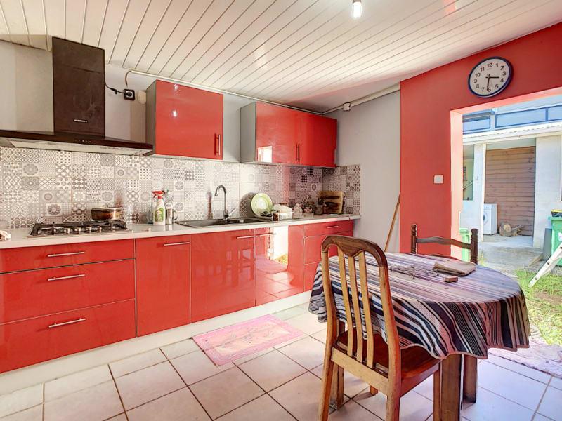 Sale house / villa Saint pierre 395000€ - Picture 6