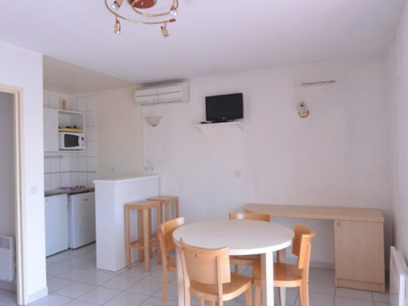 Location appartement Pauillac 415€ CC - Photo 2