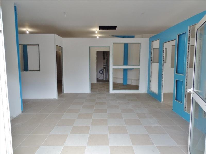 Rental empty room/storage Saint denis 1540€ HC - Picture 1