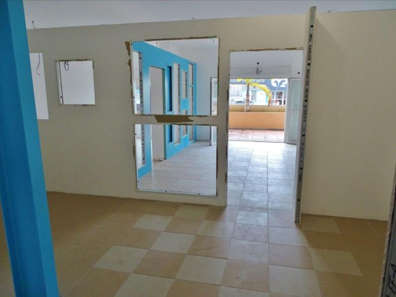 Rental empty room/storage Saint denis 1540€ HC - Picture 7