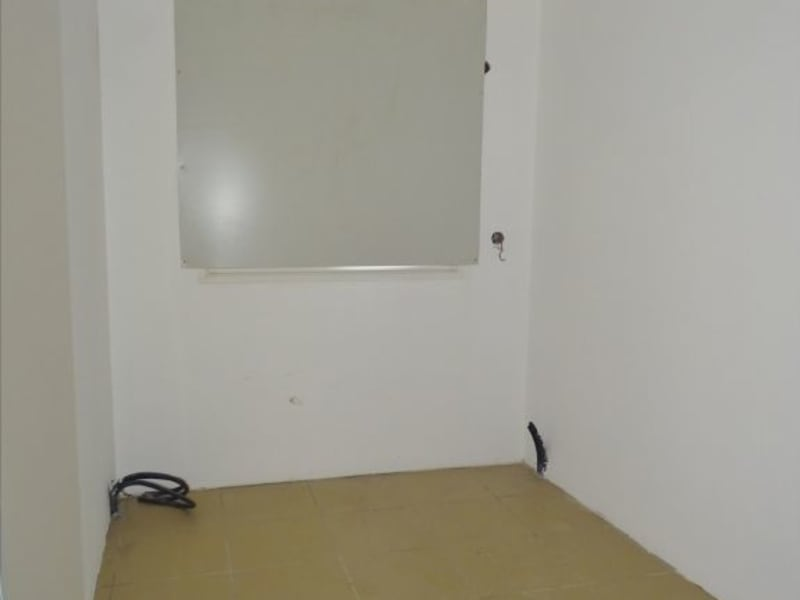 Rental empty room/storage Saint denis 1540€ HC - Picture 9