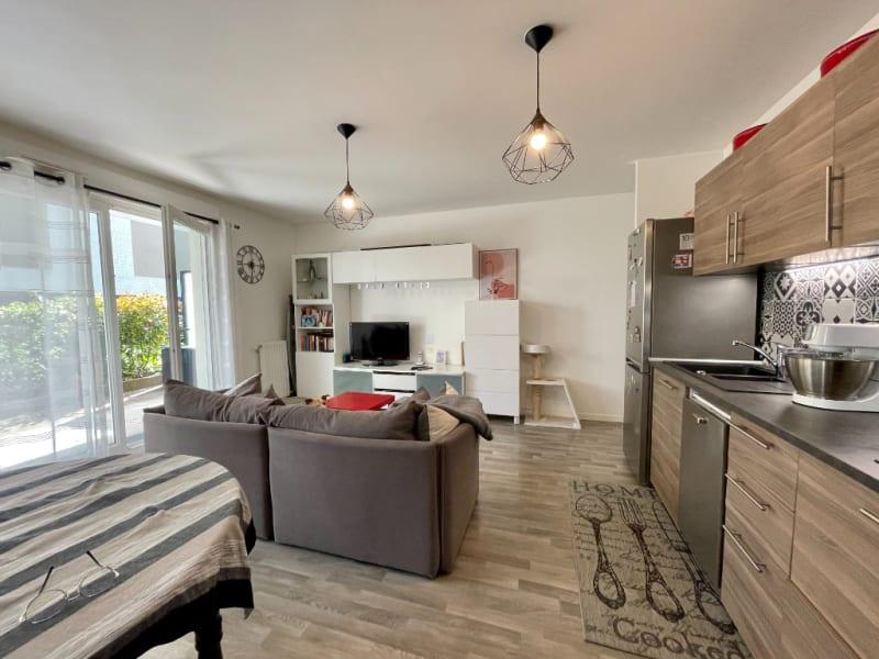 Sale apartment Cergy 229900€ - Picture 2