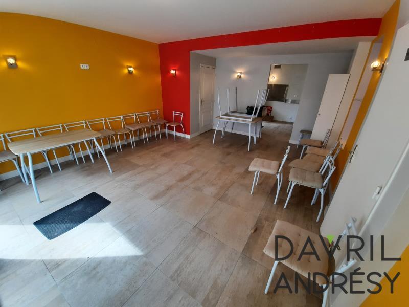 Rental office Triel sur seine 1040€ HC - Picture 2