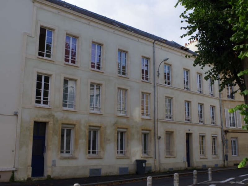 Location appartement Caen 551,60€ CC - Photo 2