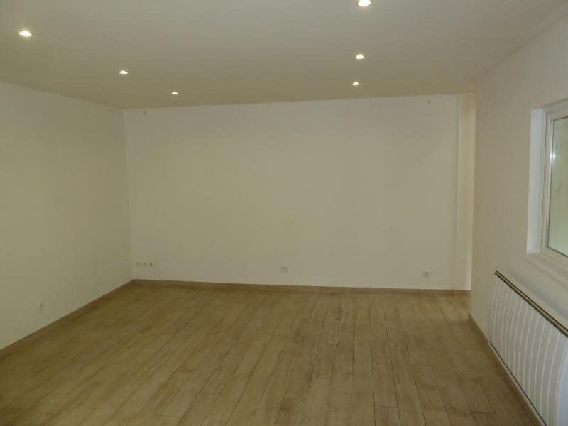 Rental apartment Meulan 706,28€ CC - Picture 4
