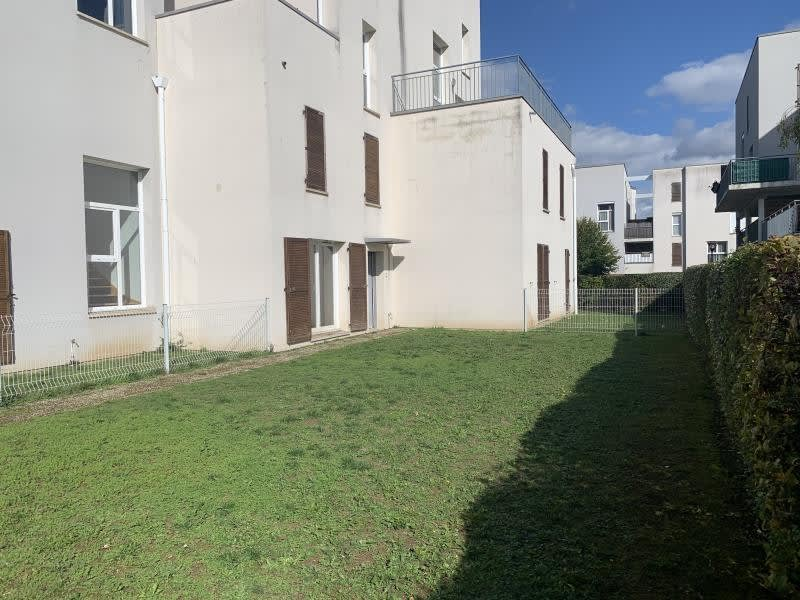 Sale apartment Val de reuil 115000€ - Picture 2