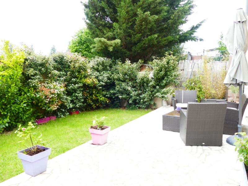Sale house / villa Poissy 630000€ - Picture 1