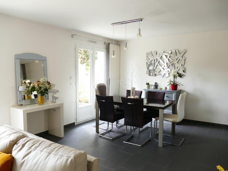Sale house / villa Poissy 630000€ - Picture 2