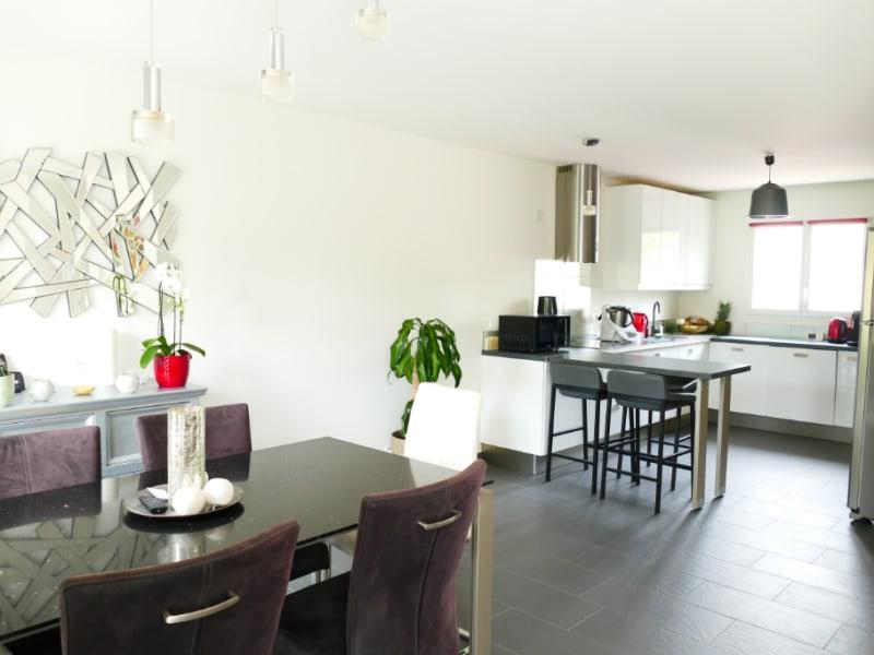 Sale house / villa Poissy 630000€ - Picture 3