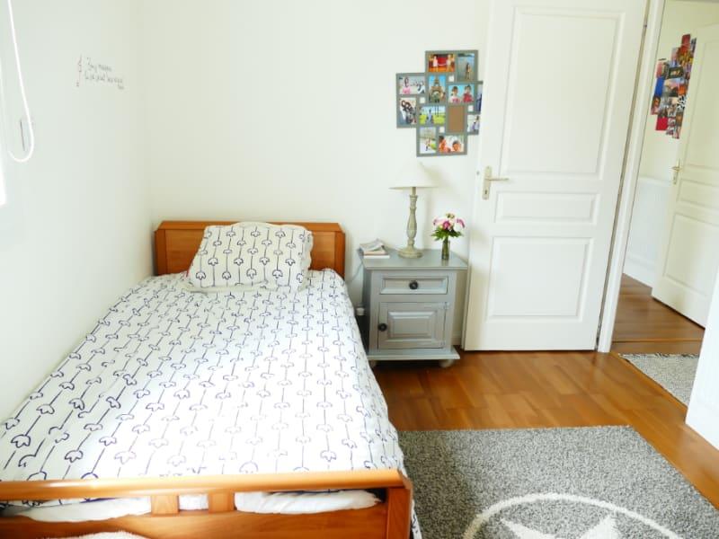 Sale house / villa Poissy 630000€ - Picture 5