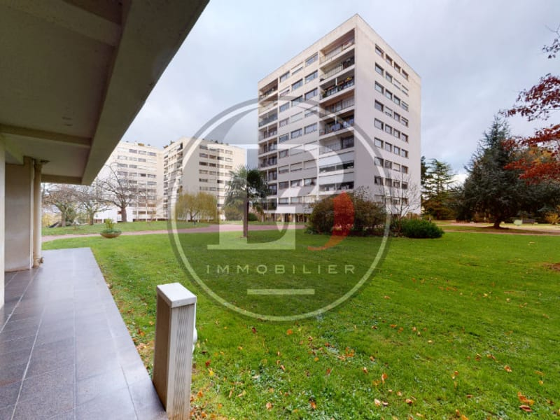 Sale apartment Poissy 335000€ - Picture 2