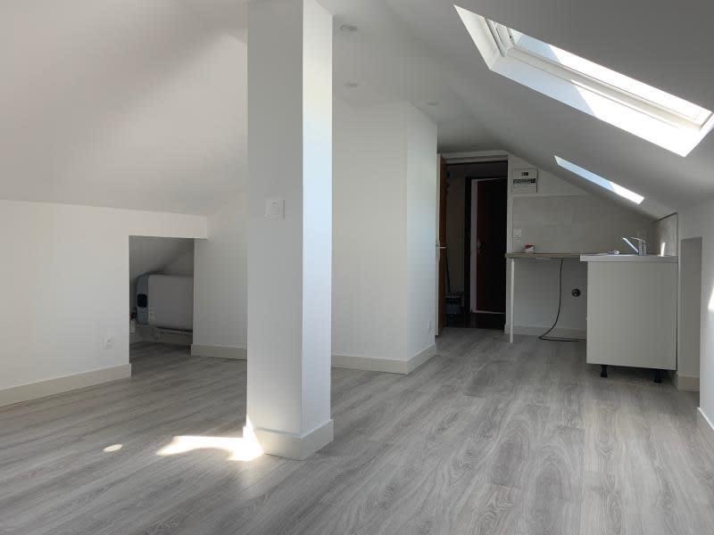 Rental apartment Palaiseau 700€ CC - Picture 1