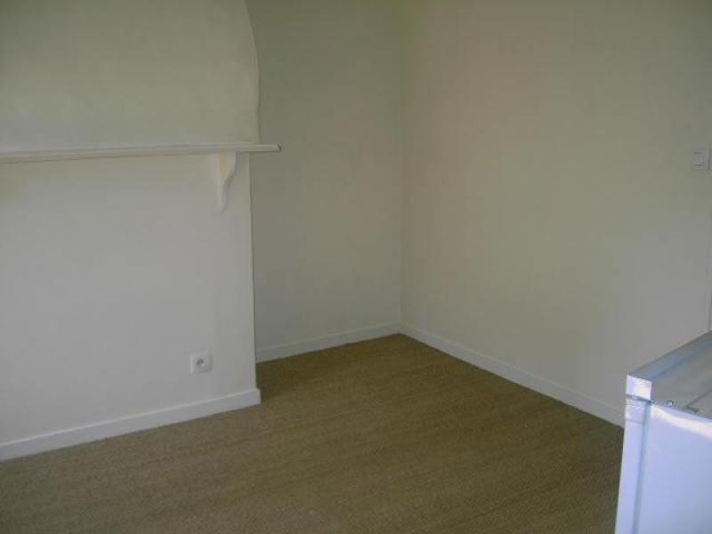 Rental apartment Vannes 345€ CC - Picture 2