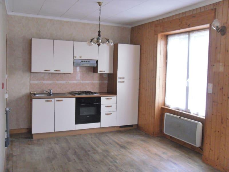 Rental house / villa Saint thurien 550€ CC - Picture 2