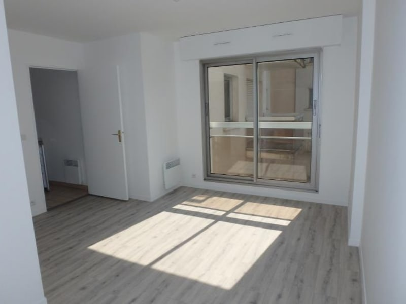 Location appartement Viroflay 656€ CC - Photo 1
