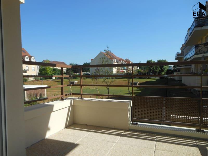 Rental apartment Brie comte robert 725€ CC - Picture 2
