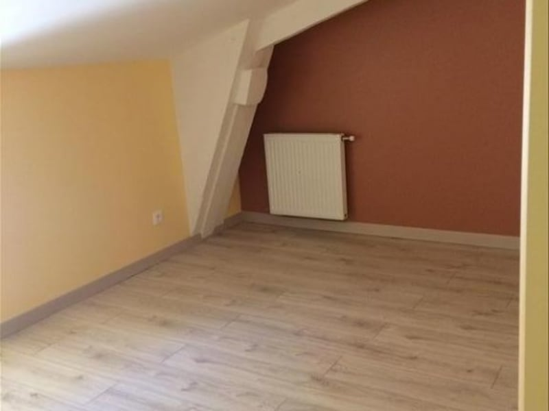 Rental apartment Rives 623,37€ CC - Picture 5