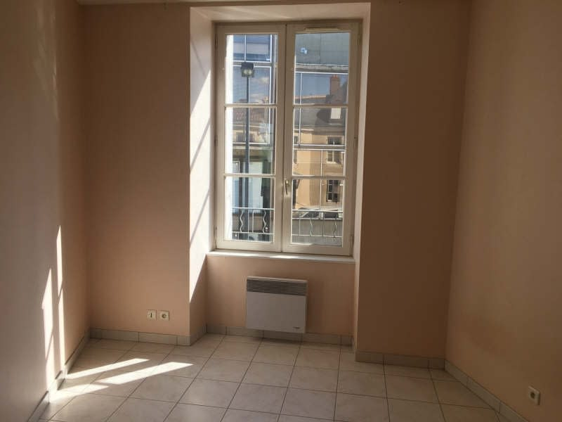 Location appartement Poitiers 489€ CC - Photo 2