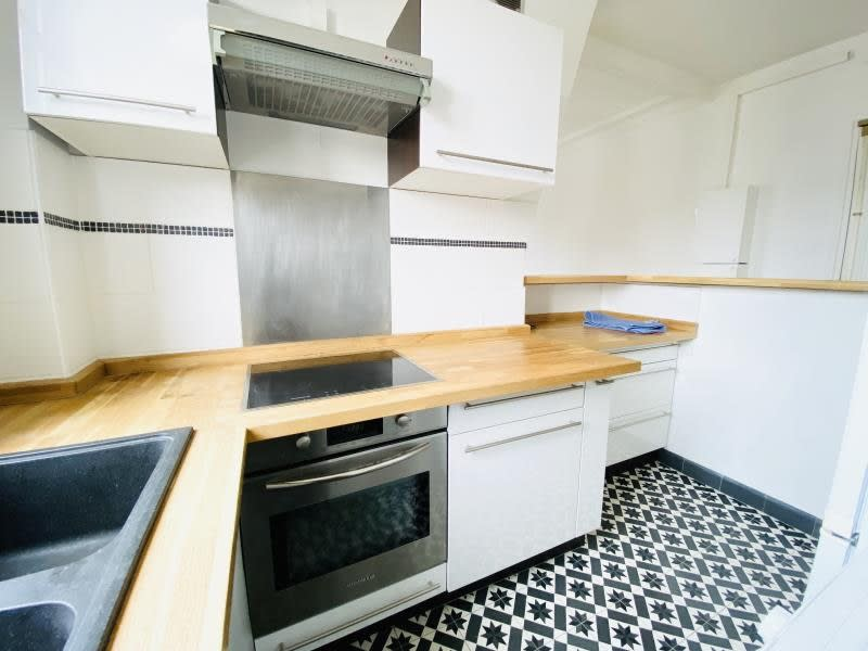 Location appartement Asnieres sur seine 1075€ CC - Photo 8