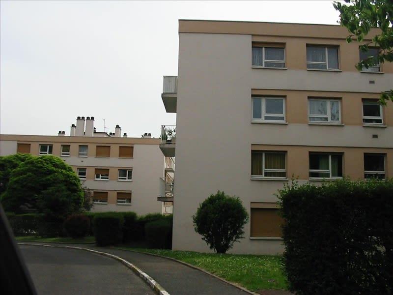 Rental apartment Palaiseau 623€ CC - Picture 1