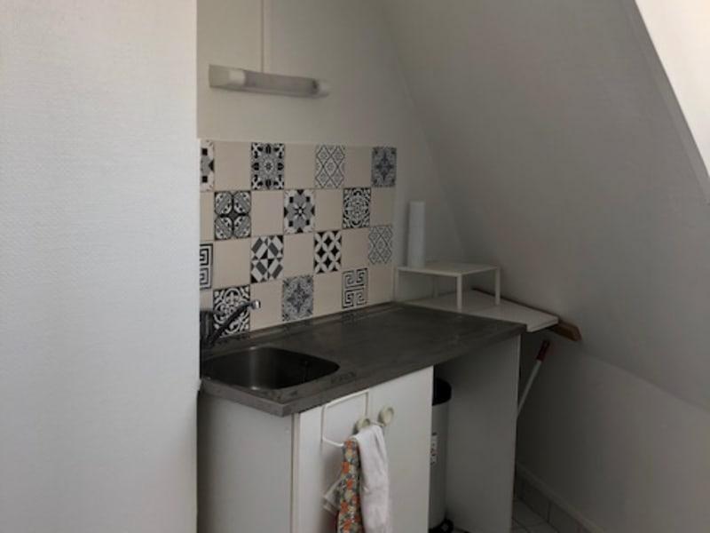 Location appartement Paris 9ème 830,50€ CC - Photo 8