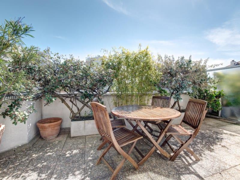 Sale apartment Courbevoie 1195000€ - Picture 1