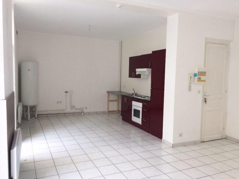 Location appartement Laventie 612,10€ CC - Photo 1