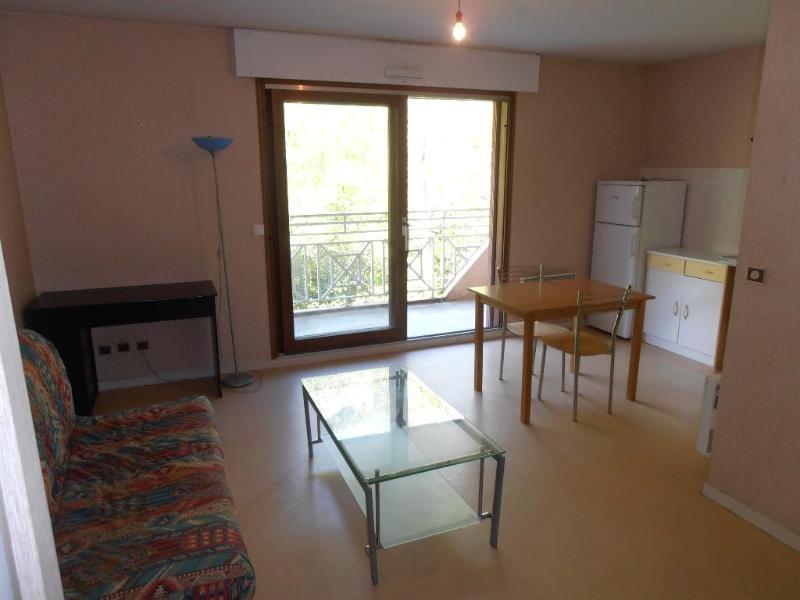 Rental apartment Nantua 320€ CC - Picture 1