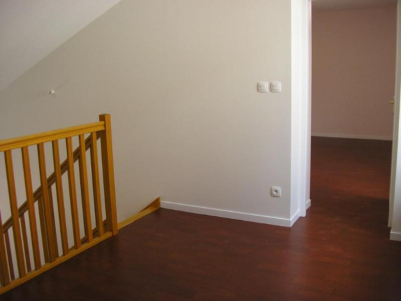 Location appartement Nantua 595€ CC - Photo 3