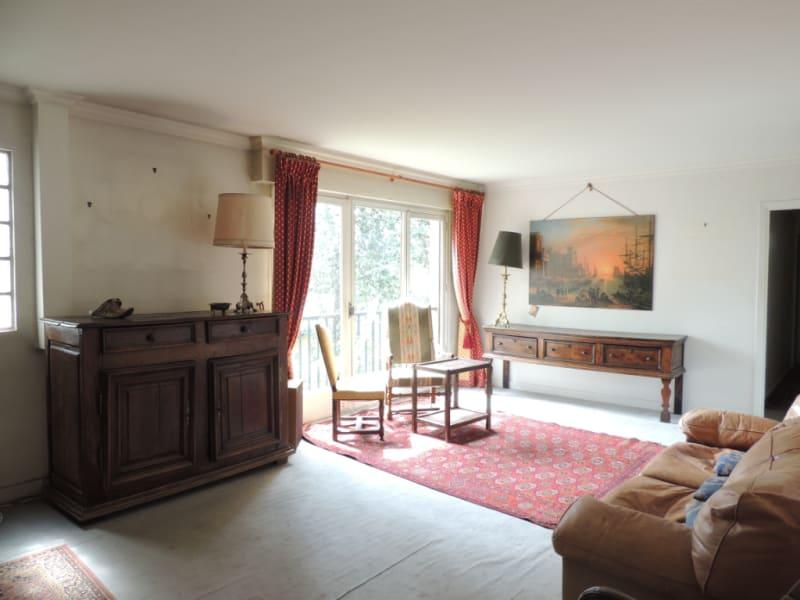 Sale apartment Saint germain en laye 369000€ - Picture 1