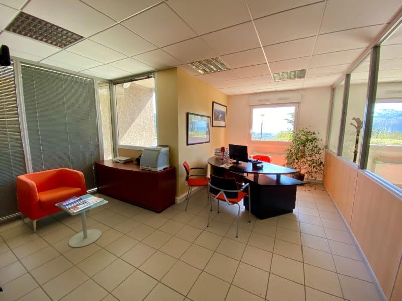 Rental office La murette 155,60€ CC - Picture 3