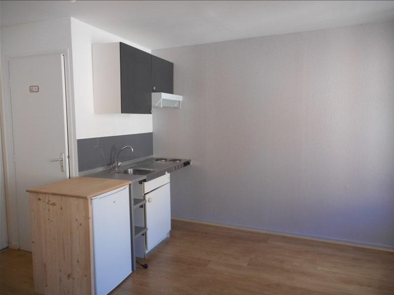 Rental apartment Voiron 290€ CC - Picture 2