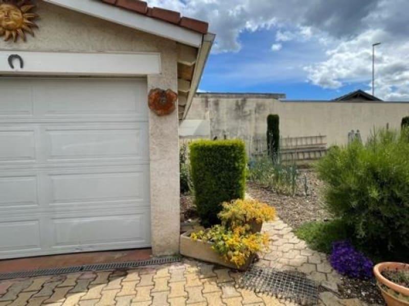 Vente maison / villa Bron 598500€ - Photo 2