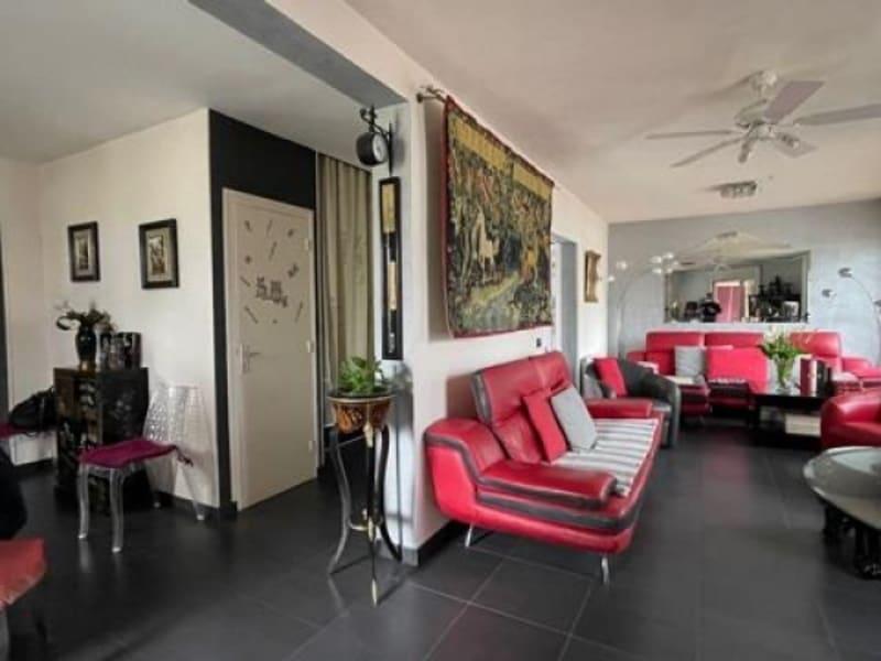 Vente maison / villa Bron 598500€ - Photo 5