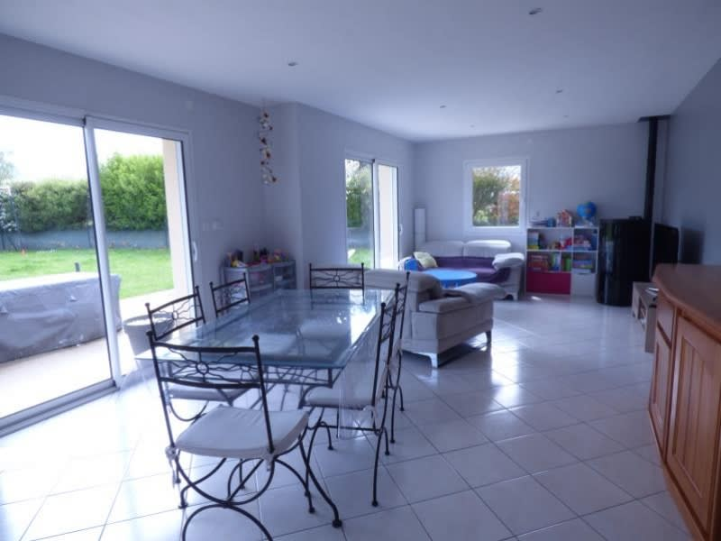 Sale house / villa Louargat 240500€ - Picture 2