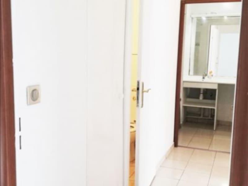 Rental apartment La plaine st denis 995€ CC - Picture 3