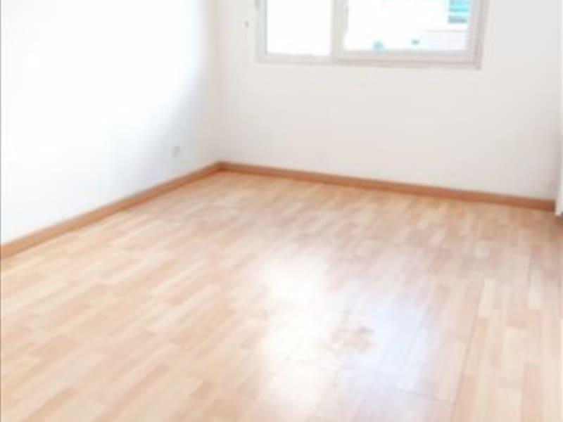 Rental apartment La plaine st denis 995€ CC - Picture 4