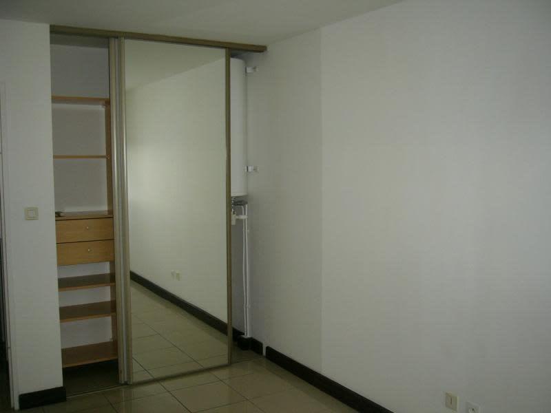 Location appartement Ste clotilde 595€ CC - Photo 5