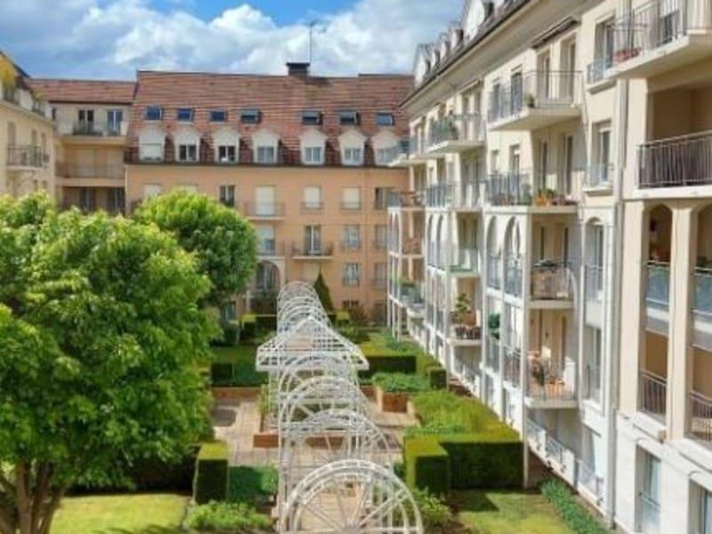 Location appartement Poissy 793€ CC - Photo 1