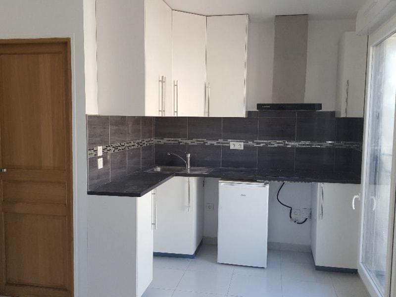 Location appartement Poissy 600€ CC - Photo 1