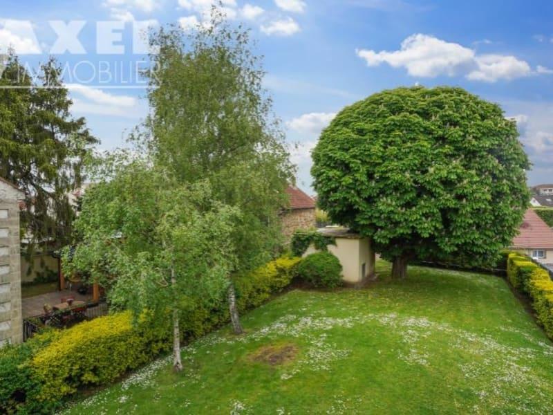Sale apartment Bois d arcy 210000€ - Picture 1