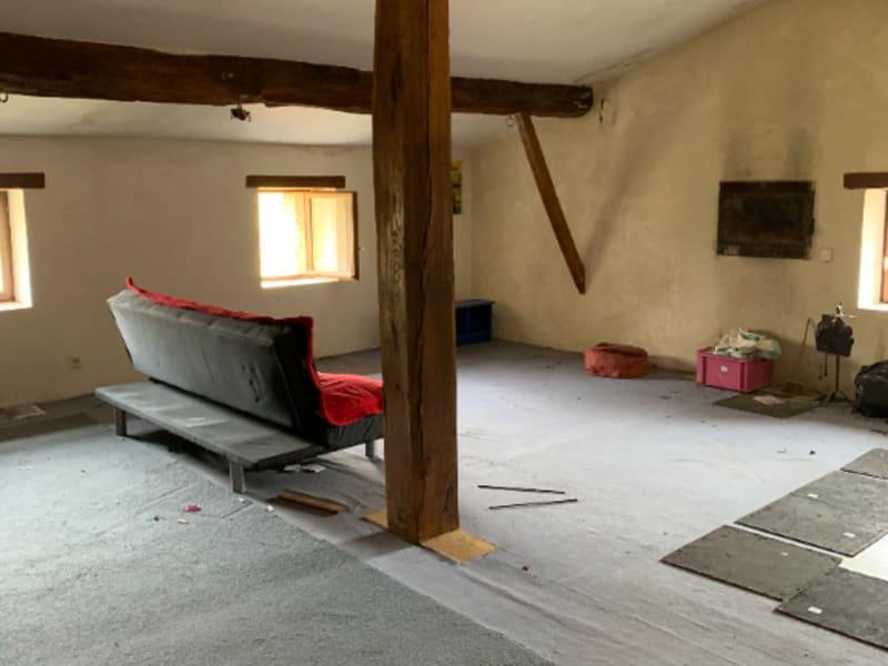Sale house / villa Roches premarie andille 139100€ - Picture 3