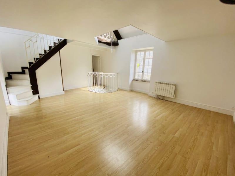 Sale house / villa Saint suliac 335360€ - Picture 1