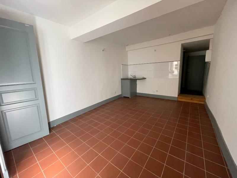 Location appartement Carcassonne 290€ CC - Photo 3